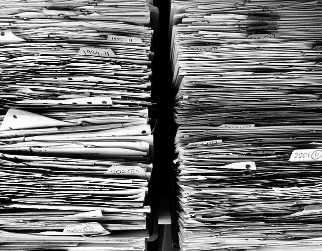 Idee di archiviazione per ufficio per workstation di ogni dipendent