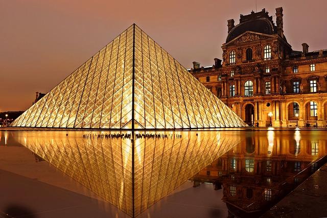 Progetti di vetro architettonico in tutto il mondo