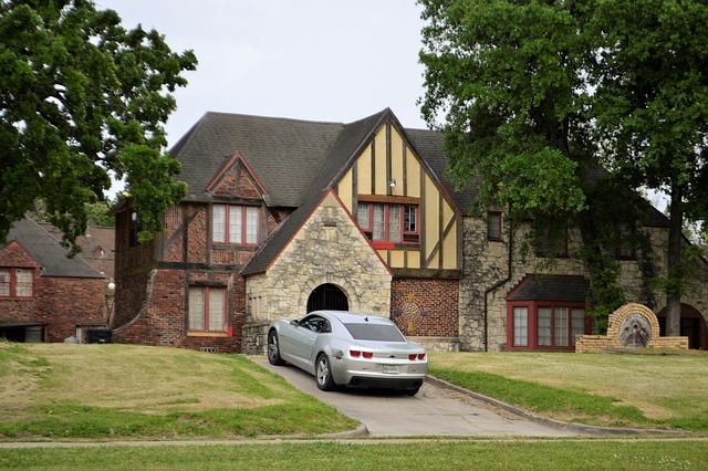Le basi dei piani tradizionali della casa del ranch