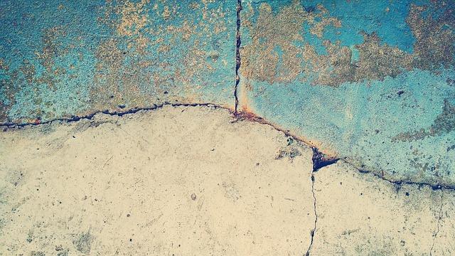 La lucidatura del cemento rende nuovamente i vecchi pavimenti