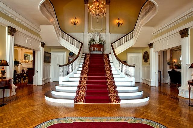 Posizionamento scale e design elegant