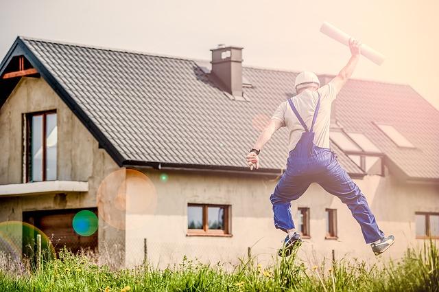 Costruire o decorare la tua casa richiede piani di casa