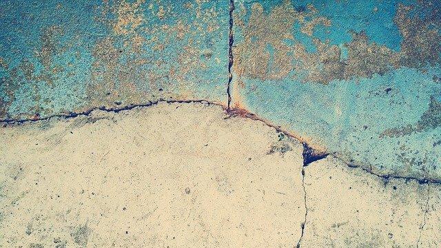 Perché la pavimentazione interna in calcestruzzo è una buona scelta per chi soffre di allergie